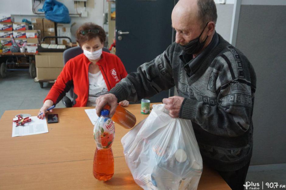 Caritas Diecezji Radomskiej rozdaje paczki